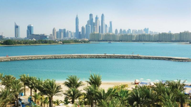 Дубай,1058
